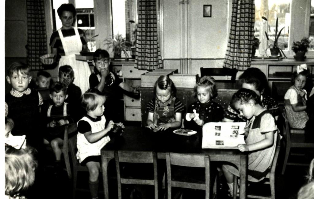 Kindheit 12 Kiga AvH um 1950(1)-1