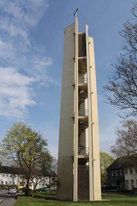 Das Wahrzeichen Nettes, der Glockenturm der evangelischen Kirche, soll gegen den Willen vieler betroffener abgerissen werden.