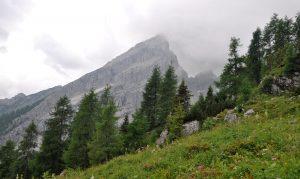 Wegen des schlechten Wetters waren nur Teile des Watzmanns im Nebel zu erkennen.