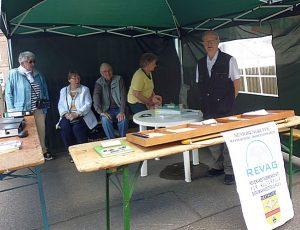 Infostand der REVAG-Gruppe auf der Bodelschwingher Kirmes, die ein Bergbaumuseum auf Westhausen unterhält. Warum das mit Nordwärts-Infos verbinden?